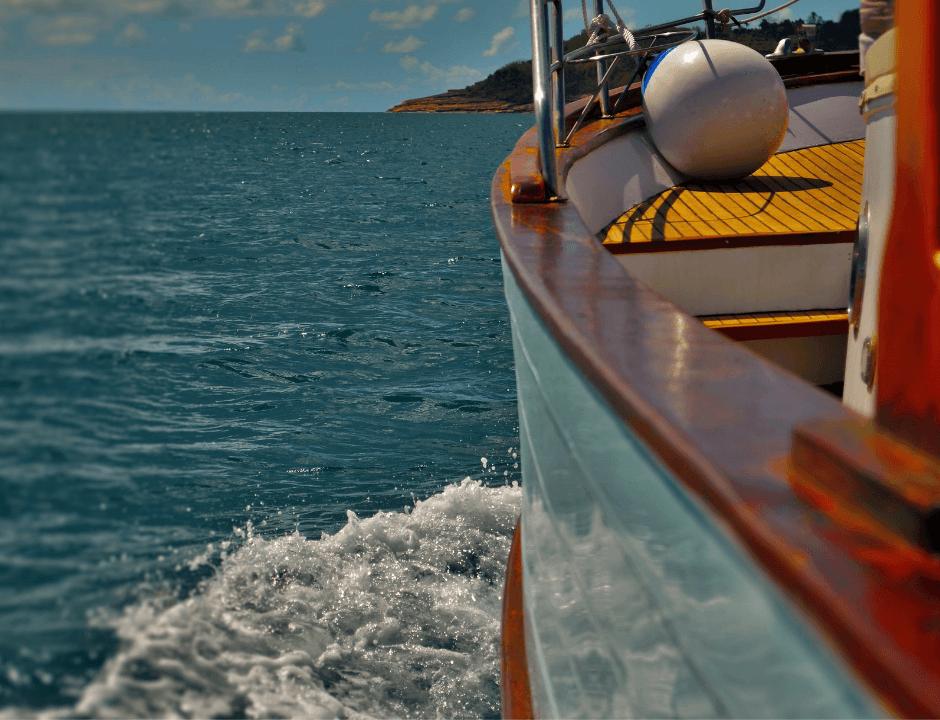 barca per noleggio a baia madame medusa